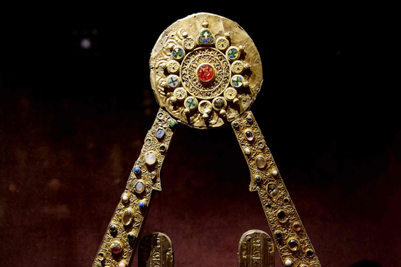 A reputated Charlemagne example - Treasure of goldsmith art of Conques